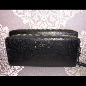 Kate spade black wristlet wallet large